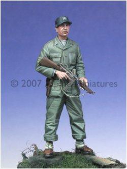 Photo3: Alpine Miniatures[AM35019]WW2 US Tanker w/ Tommy Gun
