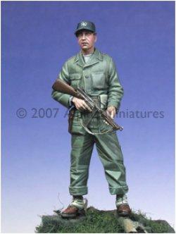 Photo4: Alpine Miniatures[AM35019]WW2 US Tanker w/ Tommy Gun