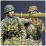 Alpine Miniatures[AM35022]German Para Anti-Tank Team (2 figures)