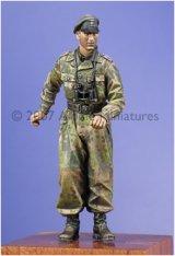 Alpine Miniatures[AM35030]Waffen SS Panzer Officer