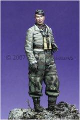 Alpine Miniatures[AM35036]Winter Panzer Officer