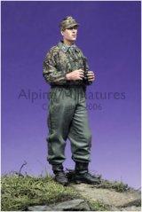 Alpine Miniatures[AM35042]SS Panzer Recon Officer