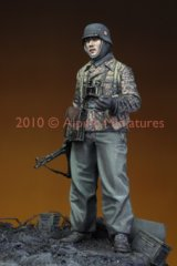 Alpine Miniatures[AM35097]LAH Grenadier in the Ardennes