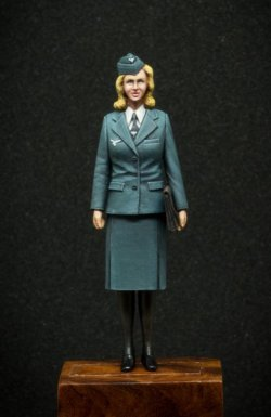 Photo2: [Passion Models] [P35F012] 1/35 WWII Signal -communication woman auxiliary